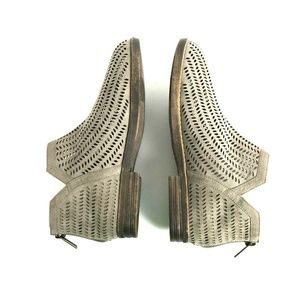 Kenneth Cole Reaction Shoes - Kenneth Cole Reaction 6 Wild Fun Sand Ankle Boots
